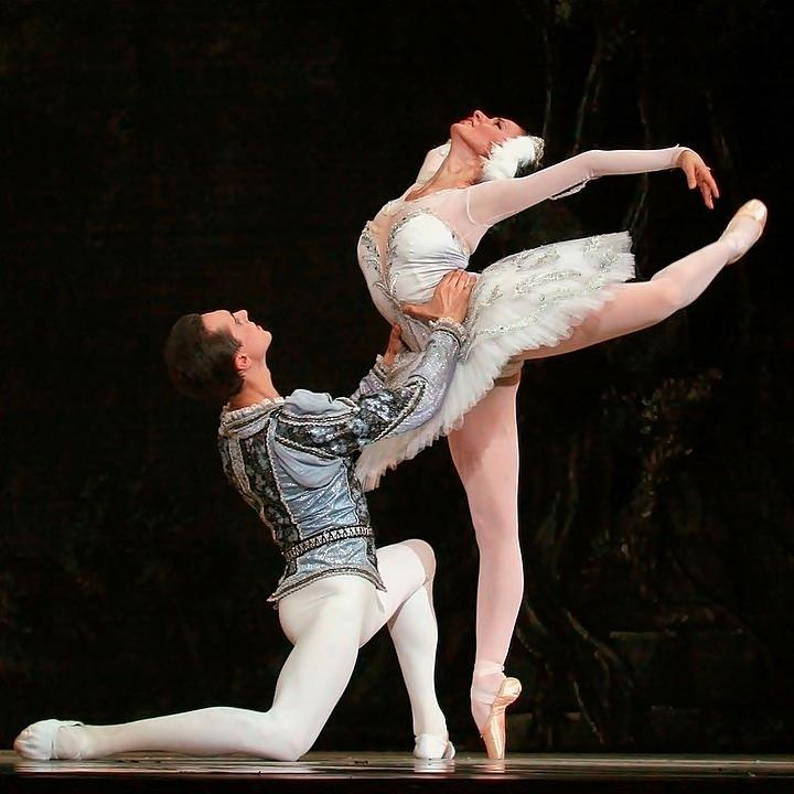 ballet y punto.